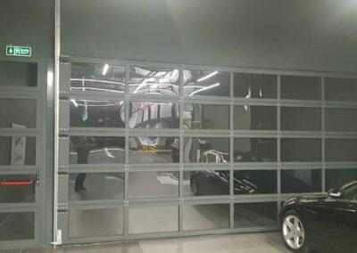 aynalı endüstriyel kapı